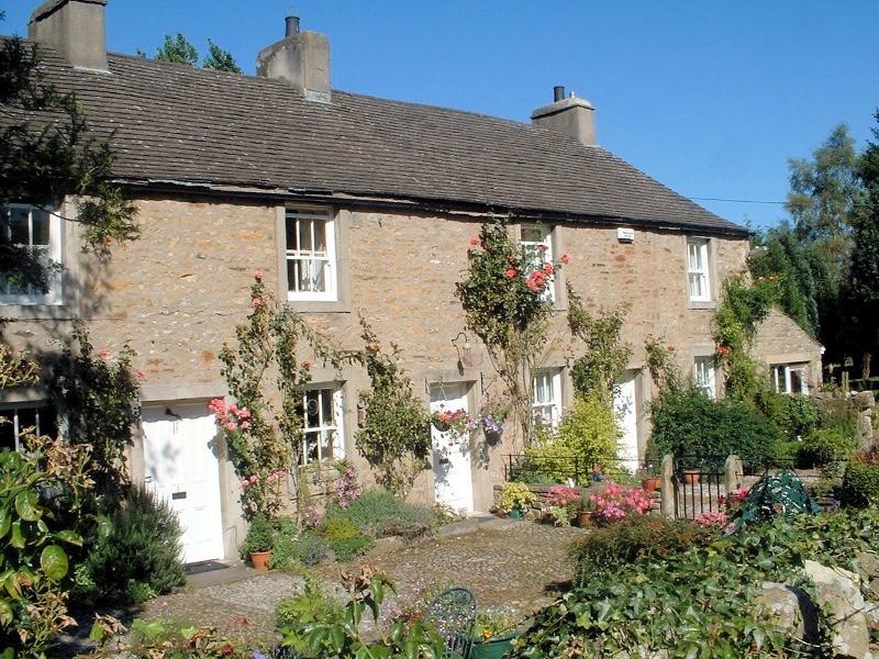 Cottage-Photo2